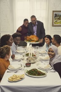Turkey Farmers of Canada invites all Canadians to picture themselves at the Thanksgiving table (CNW Group/Turkey Farmers of Canada (TFC))
